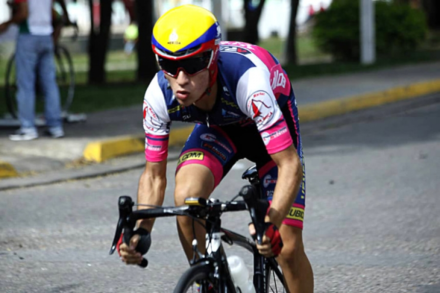 Ciclismototal.net - Jeison Rujano primer líder de la Vuelta Venezuela País de Futuro